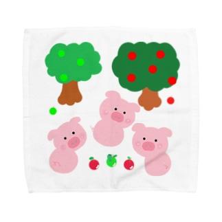 こぶたちゃんに見つかった Towel handkerchiefs