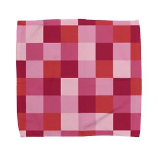 赤色とピンク色の市松模様 Towel handkerchiefs
