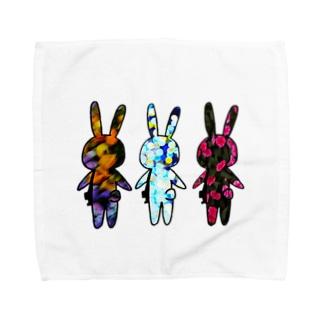 色移りうさぎさんたち Towel handkerchiefs