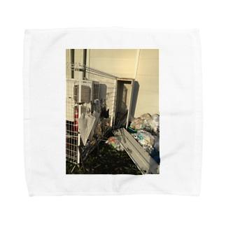 適応の台風のあと Towel handkerchiefs