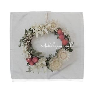 Makalapuamiho Flower Towel handkerchiefs