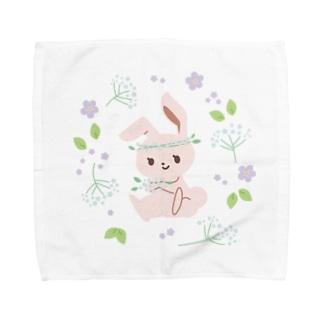 うさぎとカスミソウ Towel Handkerchief