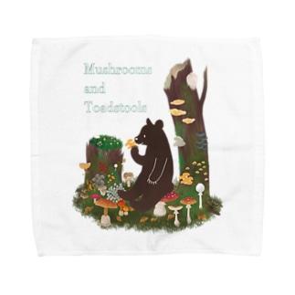 Cafe de Foretのきのことクマ Towel handkerchiefs