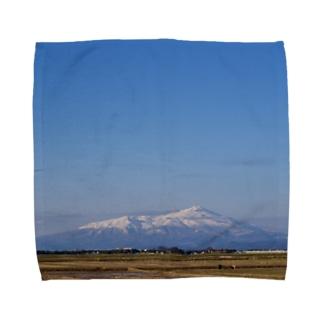 鳥海山と空 Towel handkerchiefs