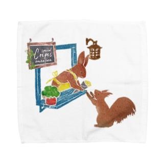 街のクレープ屋さん Towel handkerchiefs