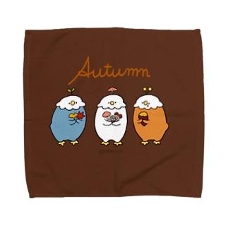 秋を集めるぱはろちゃん Towel handkerchiefs