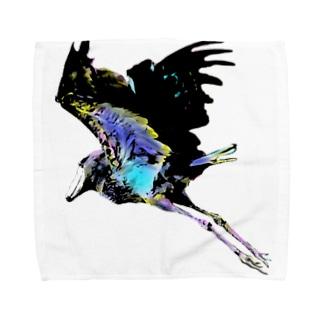 翔ぶハシビロウコウ Towel handkerchiefs