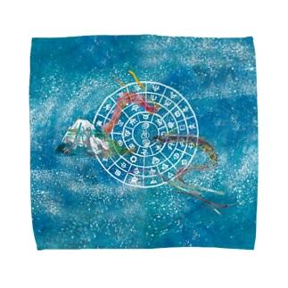 向かい合うタツとフトマニ2 Towel handkerchiefs