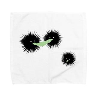 キャベツを奪いあうウニ Towel handkerchiefs