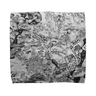 モノクロきのこ Towel handkerchiefs