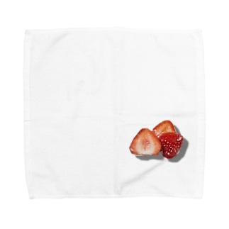 みっつのいちご Towel handkerchiefs