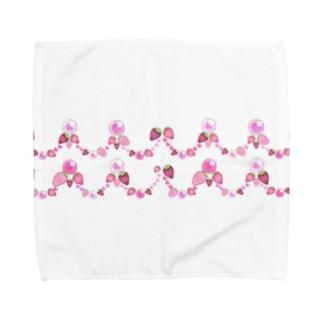いちごと水晶玉のふんわり魔法 ~リボン&レース~ Towel handkerchiefs