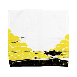 ペンギンとカニ Towel Handkerchief