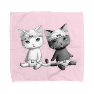 ダブルぱんつおすわり(白猫黒猫)L・M向け Towel handkerchiefs