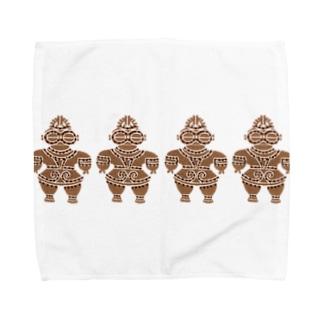 土偶の刺繍横並び Towel handkerchiefs