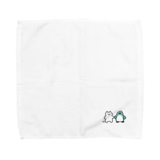 小さいネコとペンギンさん Towel handkerchiefs
