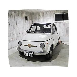 FIAT500 in garage タオルハンカチ