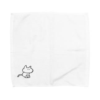 正座するねこ Towel handkerchiefs