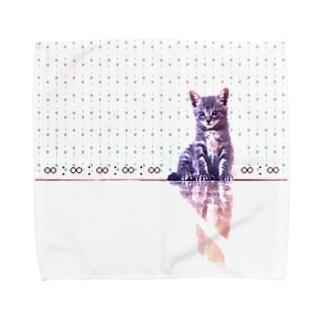 鏡面とにゃんこ Towel handkerchiefs