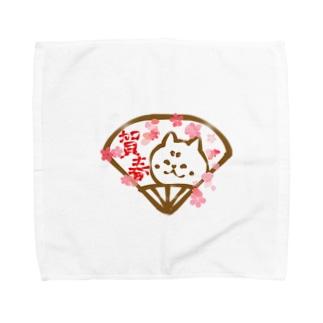 扇子の柴犬と桜と賀春文字 Towel handkerchiefs