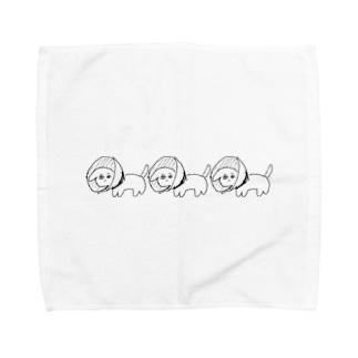 エリザベスカラーをつけた犬(白内障) Towel handkerchiefs