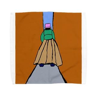 JUNSEN(純仙)路地を歩く女性 Towel handkerchiefs