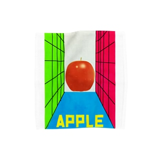 手を伸ばした先にリンゴ Towel handkerchiefs