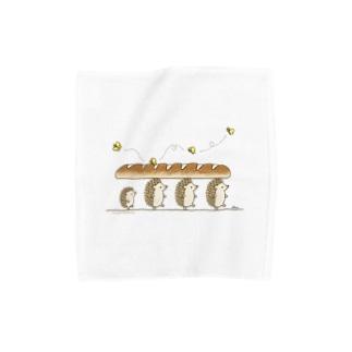 パンを運ぶよ Towel handkerchiefs