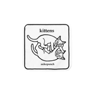 kittens あそぶ子猫さん Towel handkerchiefs