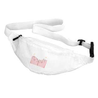 豚「わーい」 Body Bag