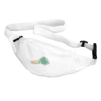 葉付きにんじん Body Bag