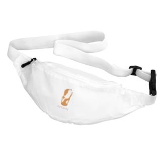 NIKORASU GOのユーモアダジャレネコデザイン「エマニャン夫人」 Belt Bag