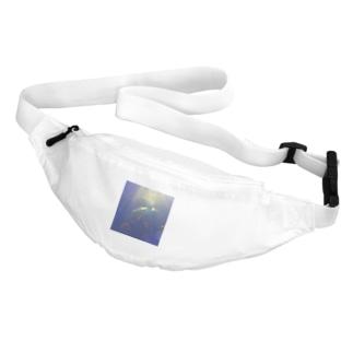 yuppyhappyの亀光 Belt Bag