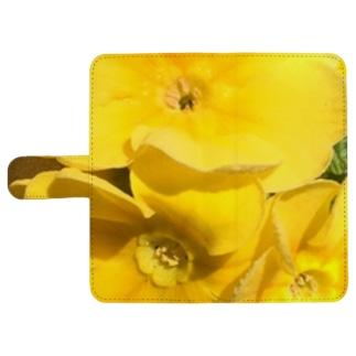 眩しいくらいの黄色 ウォレットフォンケース