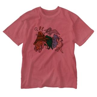 恐竜びっくり‼️ Washed T-shirts