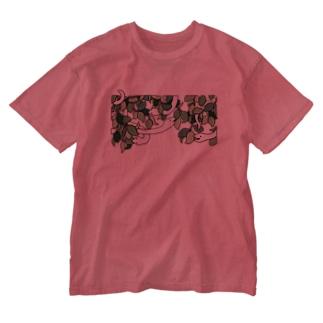 夢の蛇(しろへび) Washed T-shirts