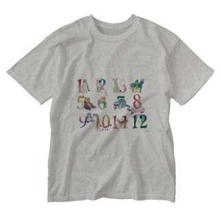 12の月の動物たち Washed T-shirts