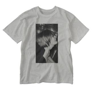 私。 Washed T-shirts