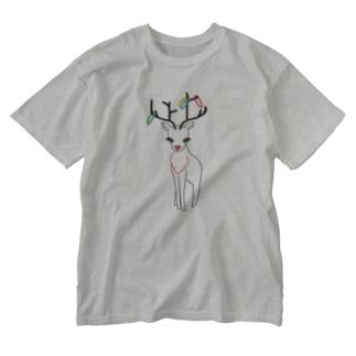 おかしなトナカイ Washed T-Shirt
