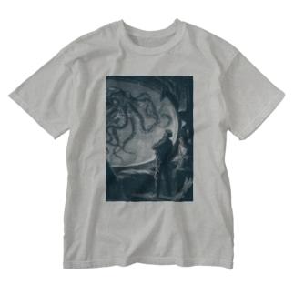 海底二万マイル<ジュール・ヴェルヌ> Washed T-shirts