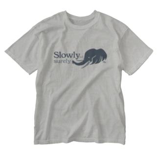kocoonの着実に進むゾウ Washed T-shirts