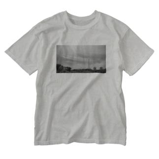 鉄塔とパラボラアンテナ Washed T-shirts