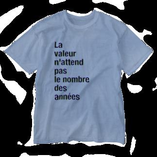 TATEYAMAのLa valeur n'attend pas le nombre des années Washed T-shirts