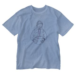 フード締めすぎ男の子 Washed T-shirts