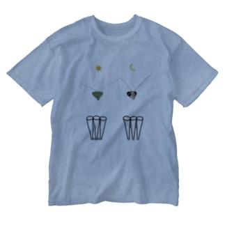 カマキリの昼と夜の複眼(絵文字、背景透過ver) Washed T-Shirt