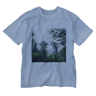 we 💚 trees🌳🌴 Washed T-shirts