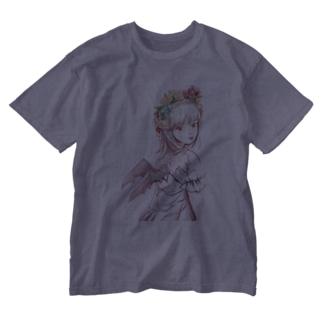 ピンクのでびる Washed T-shirts