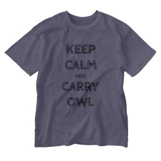 令和は静かにフクロウを据えて…keep calm and carry owl Washed T-shirts