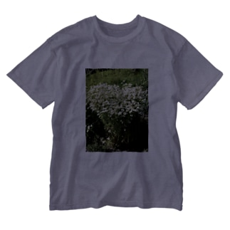 rockysunlight flower Washed T-shirts