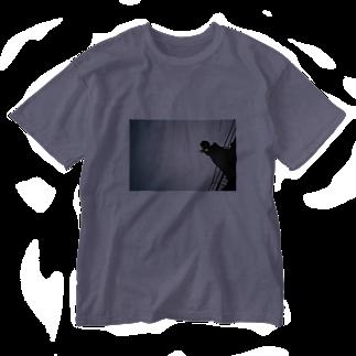 374の真冬の屋上 Washed T-shirts